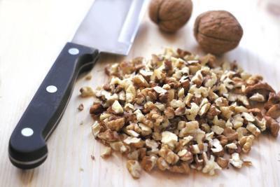 Informazioni nutrizionali per 1/4 tazza di noci