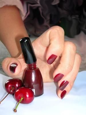 Quali ingredienti in smalto sono dannosi per le donne incinte?