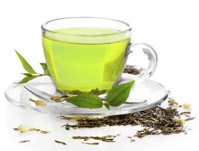 Quanto tè verde dovreste bere al giorno?