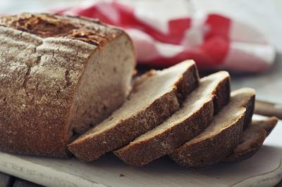 Calorie in una fetta di pane integrale