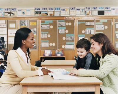 Come costruire un rapporto positivo insegnante-genitore nella prima infanzia