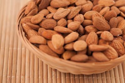 Che cosa le sostanze nutrienti sono necessari per mantenere le arterie & vene forte?