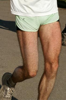 Quali sono le cause del muscolo Twitches nelle gambe?