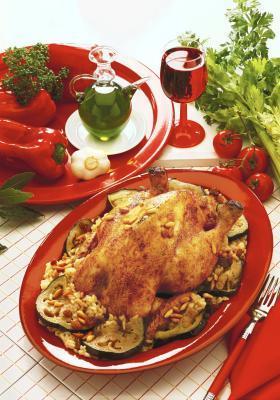 come cuocere il pollo intero perfetto in un sacchetto di forno
