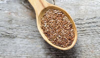 Alimenti che contengono acidi grassi Omega-3 per i vegetariani