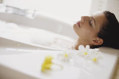 La fibromialgia bagni con sale di Epsom & lievito in polvere ...