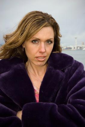 Capelli facciali & Acne nelle donne nel loro 30s