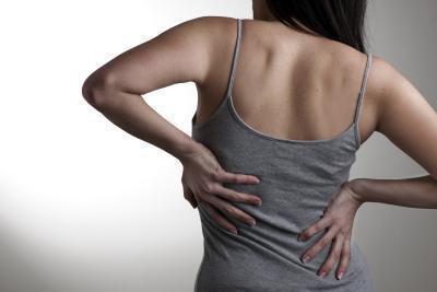 Sarà una grassa del fegato causa mal di schiena?