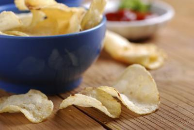 Gli alimenti che causano gonfiore e stipsi
