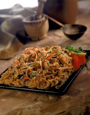 Come cucinare Tagliatelle tailandesi del rilievo a secco