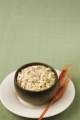 Farina d'avena dieta per alleviare il gonfiore