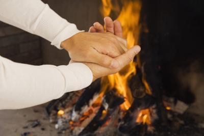 Come curare un'ustione della mano