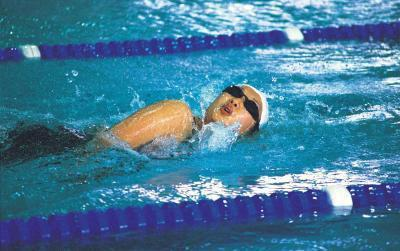 Come il nuoto aiuta il corpo umano?