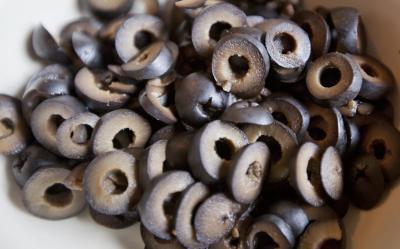 Beneficio per la salute di olive nere