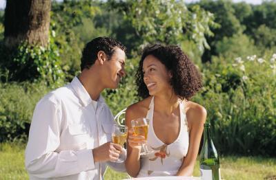 Disturbi addominali & stordimento dopo aver bevuto alcolici