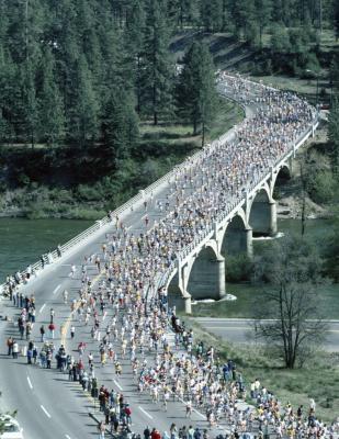 Qual è la differenza tra una maratona & una mezza maratona?