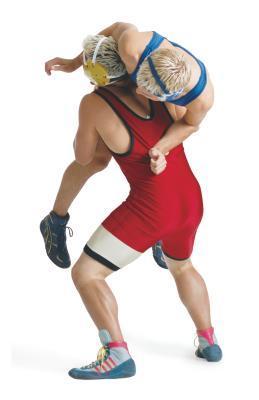 Come mettere su una tazza di mento di Wrestling