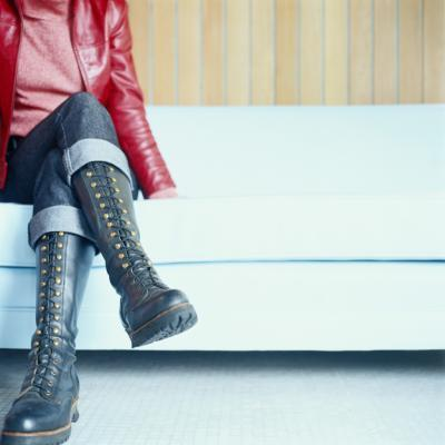 Avvio stili buono per le donne con le gambe grandi
