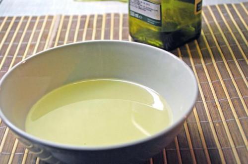 Olio per il cuoio capelluto secco, pruriginoso & traballante