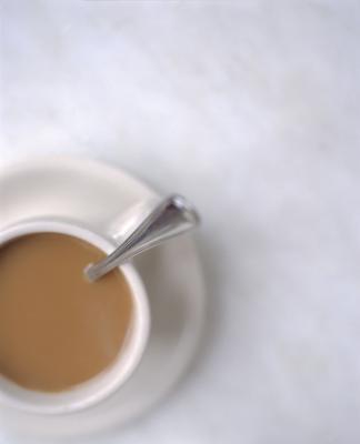 Gli effetti della caffeina e dolcificanti artificiali