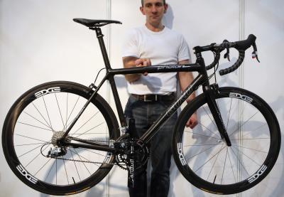 La migliore bici da strada in fibra di carbonio