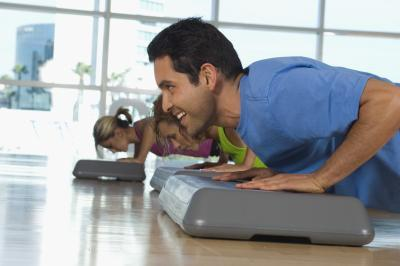 Quali muscoli Incline Pushups lavoro?