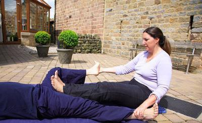 Quali sono le cause di un dolore lancinante in Area della coscia?