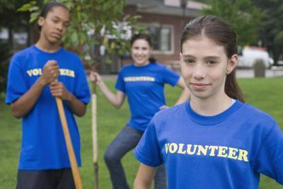 Programmi di volontariato per gli adolescenti