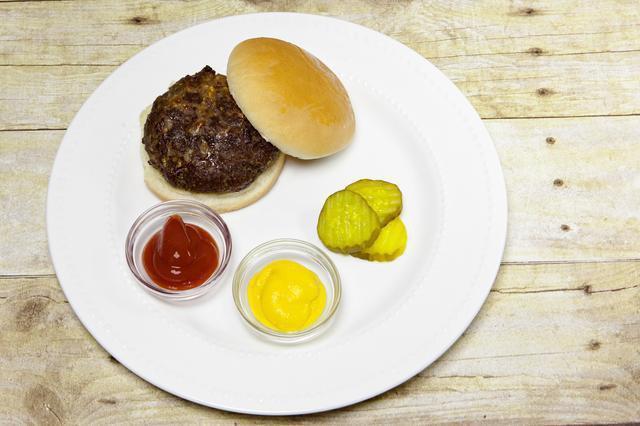 come cucinare un hamburger nel broiler