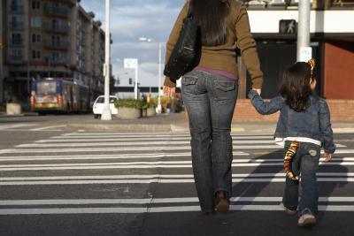 Come insegnare ai bambini i pericoli della corsa verso o in strada