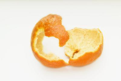 È sano mangiare bucce d'arancia?