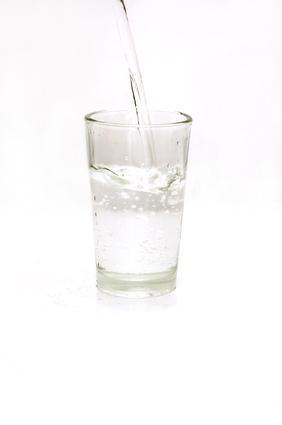 Effetti sulla salute del pH dell'acqua potabile