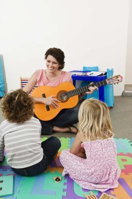 Canzoni per bambini che coinvolgono lo sviluppo sociale