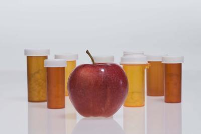 Benefici per la salute di succo di mela cruda