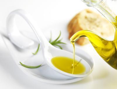 Benefici dell'olio di oliva per capelli