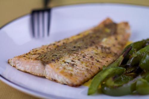 Si può cuocere pesce congelato?