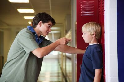 Come gli adolescenti possono gestire Bullies