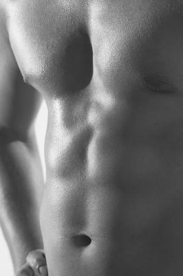 Come definire gli addominali e bruciare grasso dello stomaco