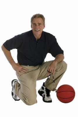 Qualifiche di un allenatore di basket del liceo