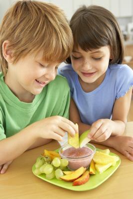 Possono i bambini mangiano Yogurt quando hanno mal di stomaco?