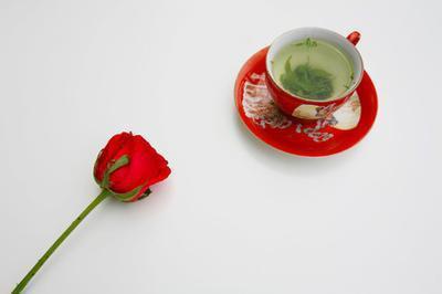 Quali sono i benefici di tè verde con Rose?