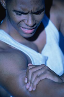 Quali sono le cause di dolore muscolare scheletrico?