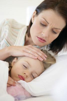Quando un bambino è il vomito è OK per dare loro latte?