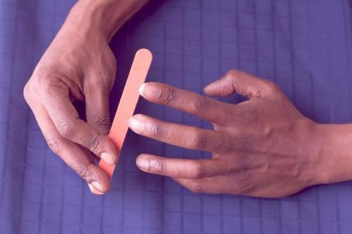 Come smettere di mangiarsi le unghie per gli uomini