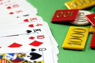 Differenza tra dipendenza da gioco d'azzardo & tossicodipendenza