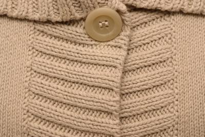 Come ripristinare maglioni cotone rigido