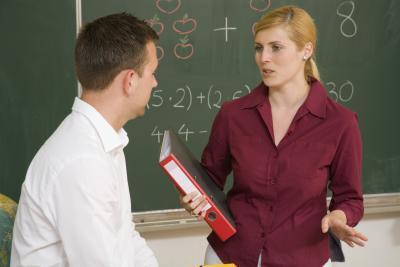 Cosa dire alle conferenze di insegnante-genitore nella scuola media