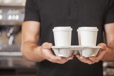 Come aiutare i problemi di stomaco da troppa caffeina