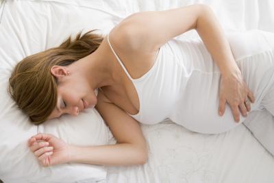 Gli effetti di dormire sulla vostra schiena mentre incinta