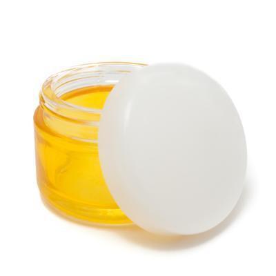 Benefici dell'olio di mandorle per i capelli